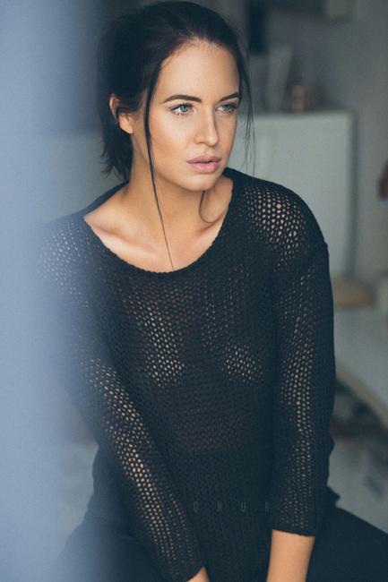 Jenna from F�rth, Hair: braun (dunkel), Eye: blau-gr�n, German: Muttersprache, English: Fortgeschritten, French: keine Angabe, Spain: keine Angabe