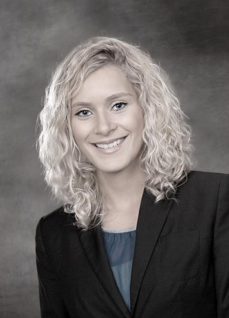 Anuschka from M�hlheim, Hair: blond (hell), Eye: blau, German: Muttersprache, English: Fliessend, French: nein, Spain: leichte Konversation