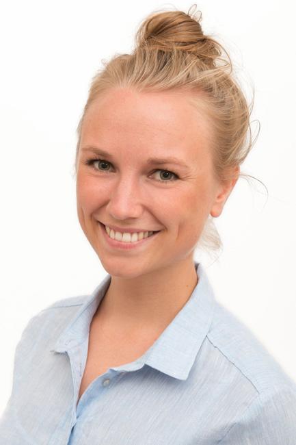 Anna from Gro� Nordende, Hair: blond (mittel), Eye: gr�n-grau, German: Muttersprache, English: Fliessend, French: nein, Spain: nein