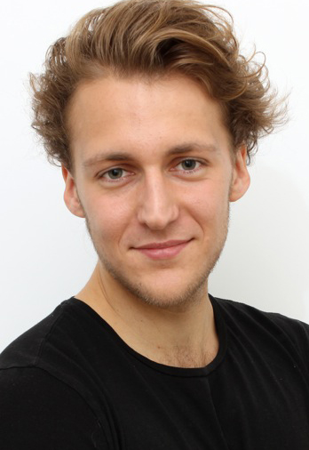 Anatol from Münster, Hair: keine Angabe, Eye: blau-grün, German: Muttersprache, English: Fliessend, French: nein, Spain: nein